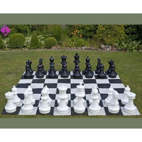 Kerti sakk táblája