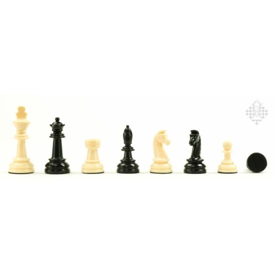 Elefántcsont színű súlyozott műanyag sakk figurakészlet